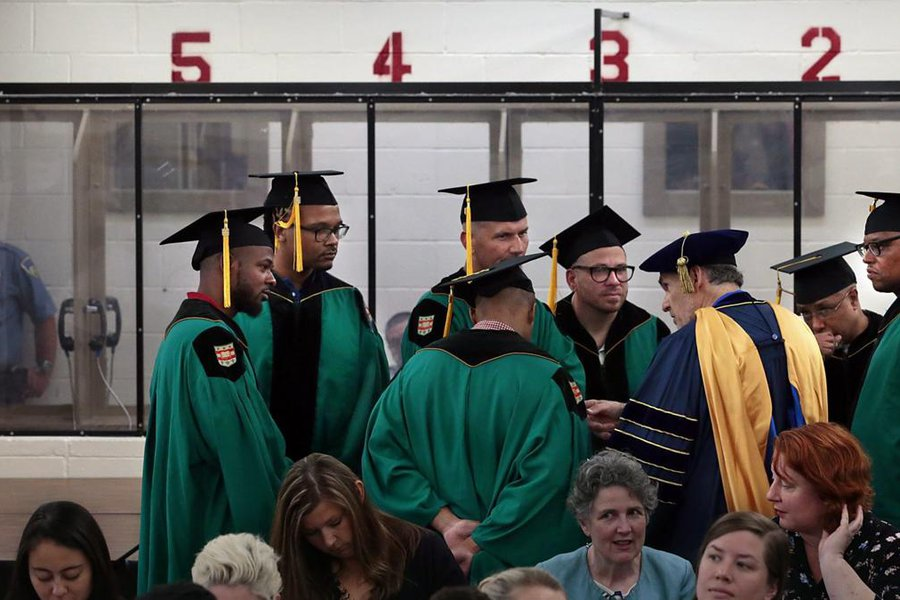 Wash. U. graduates first inmates.jpg