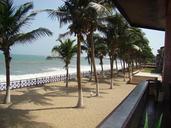 view-of-elmina-beach.jpg